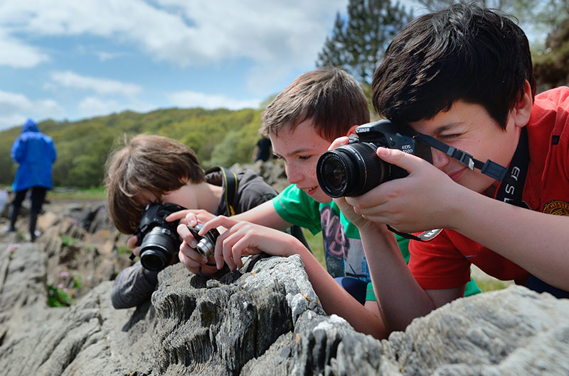 High School 3rd year pupils on a Snapberry photography workshop ©Lorne Gill/SNH